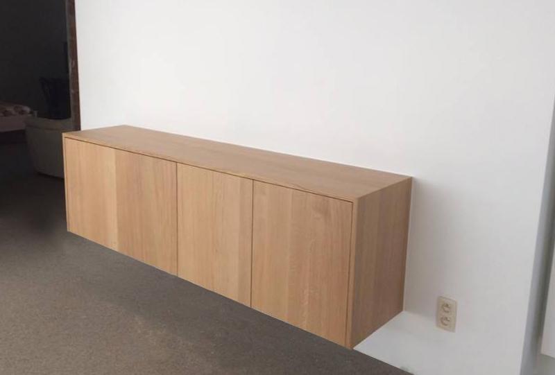zwevende opbergkast hout